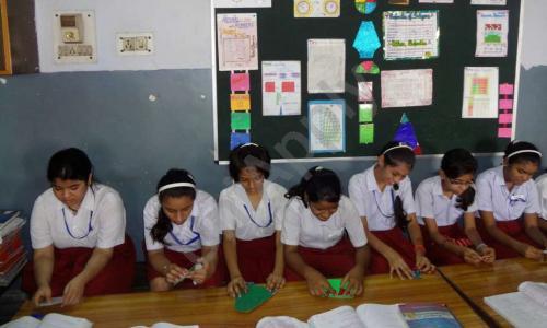 Arya Model School
