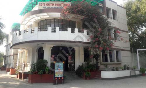 Vidya Niketan Public School
