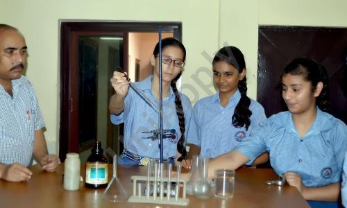 M.R. Vivekananda Model School