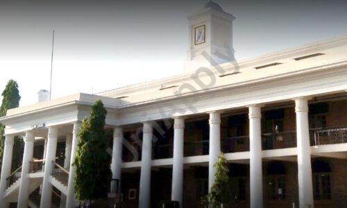 Barnes School And Junior College