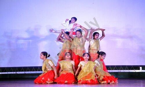 DG International School