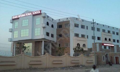 Grads International School