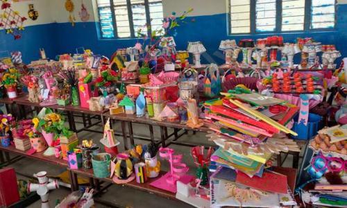 Ayesha Public School